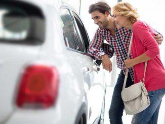 Des raisons d'acheter votre voiture d'occasion par concessionnaire et non des privées